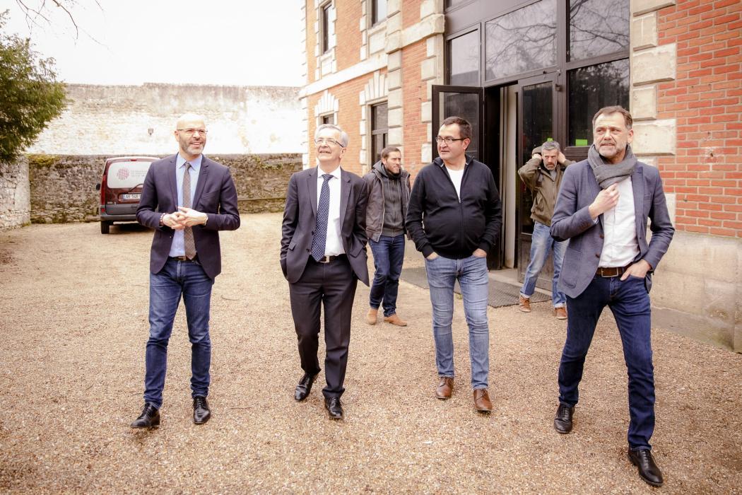 De gauche à droite : Mohamed Moulay, vice-président délégué aux Sports ; François Bonneau, président ; Didier Sallé, directeur de Jazz à Tours et Alexandre Tinseau